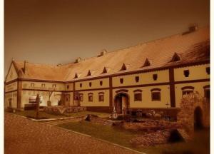 detenice-stredoveky-hotel
