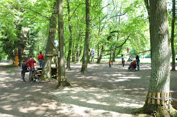 zamek-loucen-lanovy-park