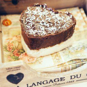Jídlo lásky_Raw čokoládovo kokosové srdce