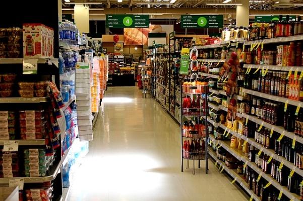 Na obalech potravin nyní najdete i výživové údaje