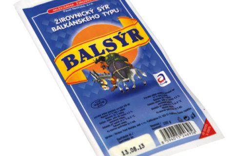 Je doba zeleninových salátů. Jaký balkánský sýr do nich raději nedat?