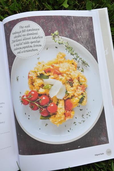 Vtipné kaše, Polenta s rajčaty, paprikami a tymiánem