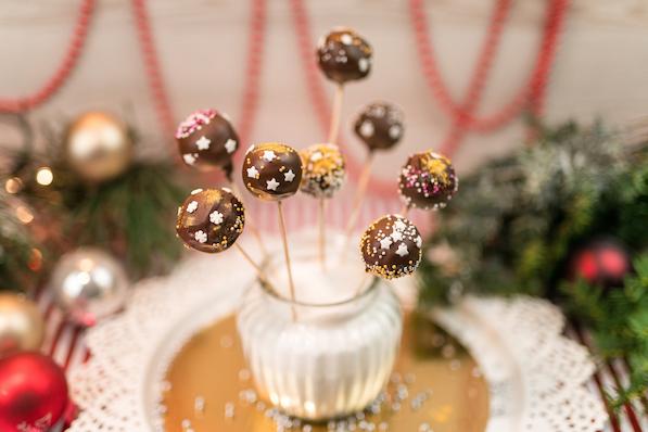 Čokoládové bonbony na špejli