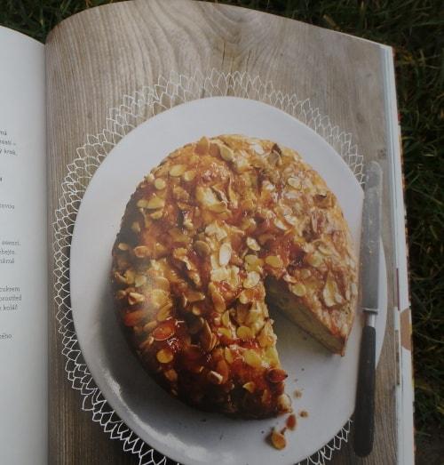 obrázek k receptu Sladký jablečno-cizrnový koláč