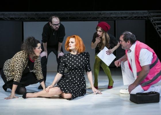 fotografie z představení Ženy na pokraji nervového zhroucení