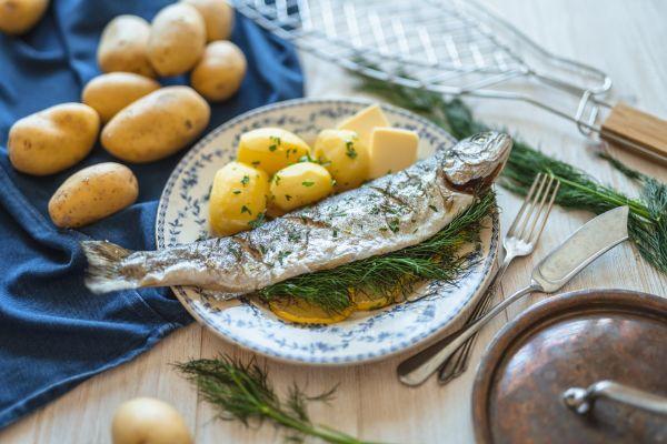 Dejte si ryby. Pochutnejte si a podpořte zdraví