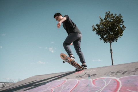 Skateboarding jako sport, který posílí váš střed těla