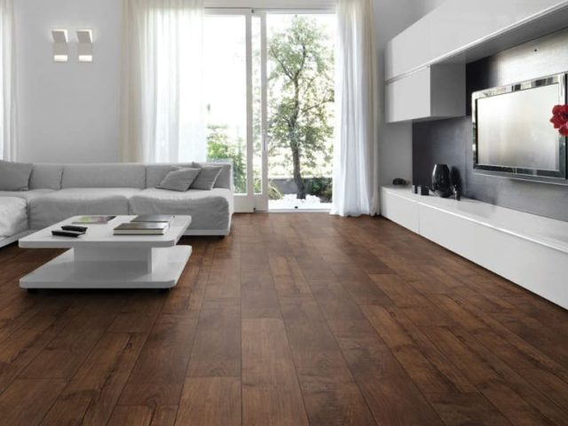Dřevěné podlahy – 8 důvodů, proč se rozhodnout pro tuto investici