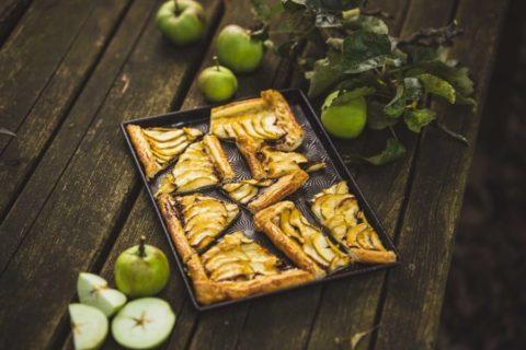 Upečte si snadný jablkový koláč